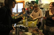 Everyone was so into making their own jars of herbal tea after trying the tea brewed by Erica and Rebecca.